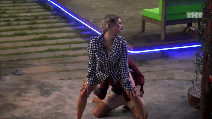 алиса литинская танцует тверк