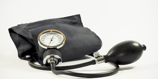 essay on high blood pressure Free essay: the heart pumps blood into the arteries and the force of the blood pushing against blood vessel walls is called blood pressure arteries carry.