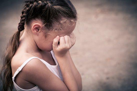 1994 г.р., обязанностей по воспитанию несовершеннолетних детей 2014 г.р.